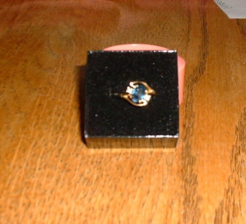 blue_sapphire_ring_with_diamond_chips.jpg